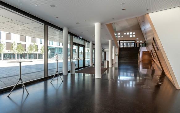 Kultur- und Kongresshalle | Foyer EG